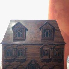 Casas de Muñecas: CASA DE MADERA MACIZA HECHA A MANO 76,5 CM X 36,7 CM X 80 CM. Lote 173079578
