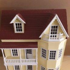 Casas de Muñecas: GRAN CASA DE MUÑECAS VICTORIANA,CON MUCHOS ACCESORIOS. Lote 175451229
