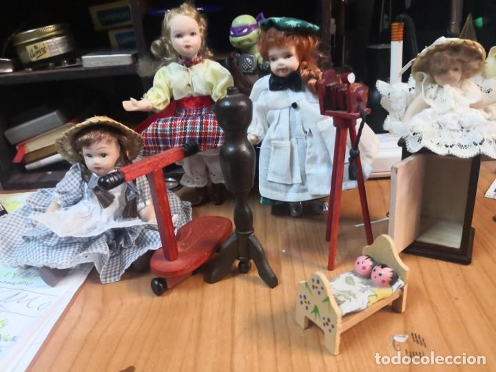 Casas de Muñecas: Lote 9 piezas muñecas porcelana y accesorios para casa muñecas - Foto 5 - 177569255