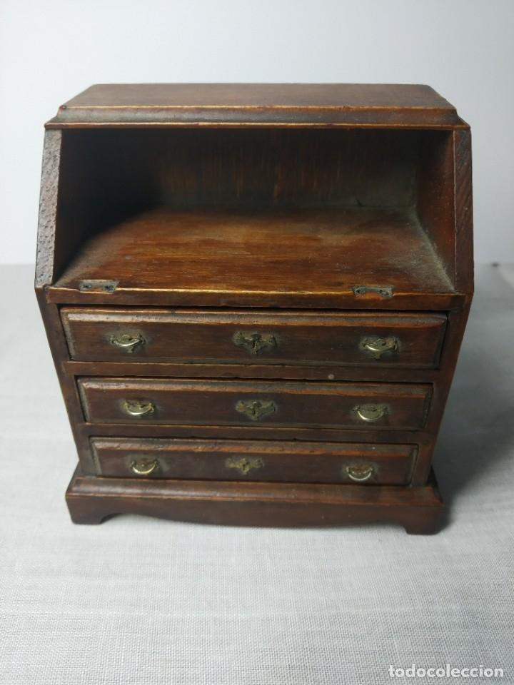 Casas de Muñecas: Antiguo y precioso mueble de madera para Casitas de muñecas, con tiradores metálicos. - Foto 6 - 178234501