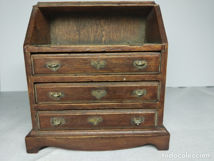 Casas de Muñecas: Antiguo y precioso mueble de madera para Casitas de muñecas, con tiradores metálicos. - Foto 10 - 178234501