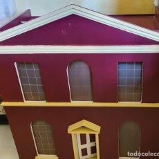 Casas de Muñecas: MAGNIFICA CASA DE MUÑECAS CON COMPLEMENTOS. Lote 183281292