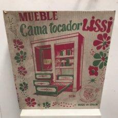 Casas de Muñecas: MUEBLE CAMA TOCADOR DE LISSI. Lote 185747410
