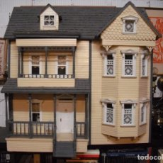 Casas de Muñecas: GRAN CASA MUÑECAS ESTILO GEORGIANO, MADERA OKUMÈ 1CM, 9 HAB,COMPLETAS,LUZ,85X82X63 FONDO. Lote 207091083
