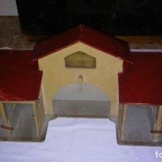 Casas de Muñecas: ESTABLO GRANERO GRANJA DE MADERA, DE CASA DE MUÑECAS, ANTIGUO S XIX - PPS XX. Lote 209023613