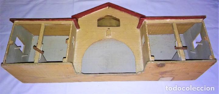 Casas de Muñecas: ESTABLO GRANERO GRANJA DE MADERA, DE CASA DE MUÑECAS, ANTIGUO S XIX - PPS XX - Foto 19 - 209023613