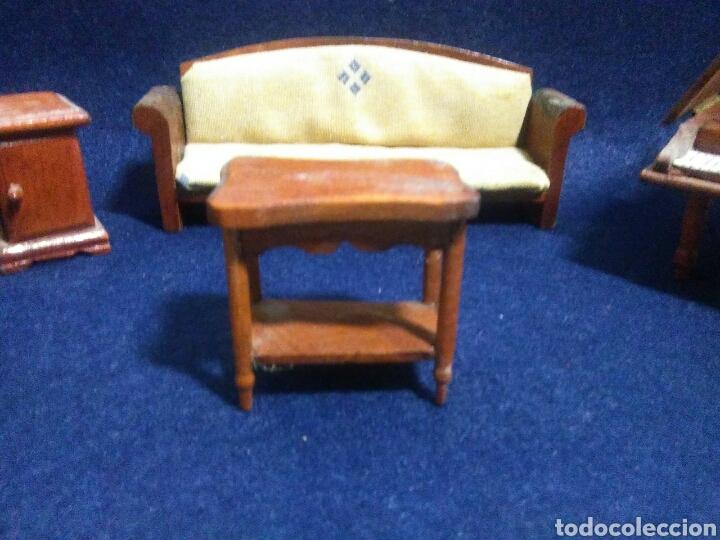 Casas de Muñecas: Lote de muebles de madera para casas de muñecas - Foto 3 - 211909673