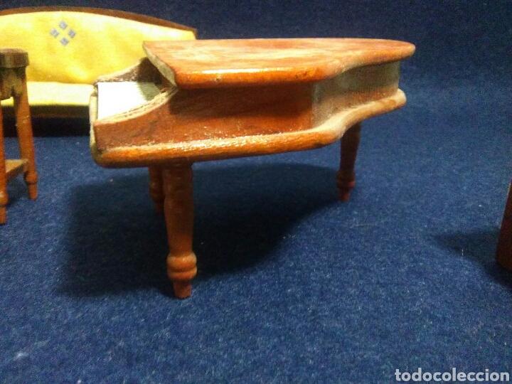 Casas de Muñecas: Lote de muebles de madera para casas de muñecas - Foto 9 - 211909673