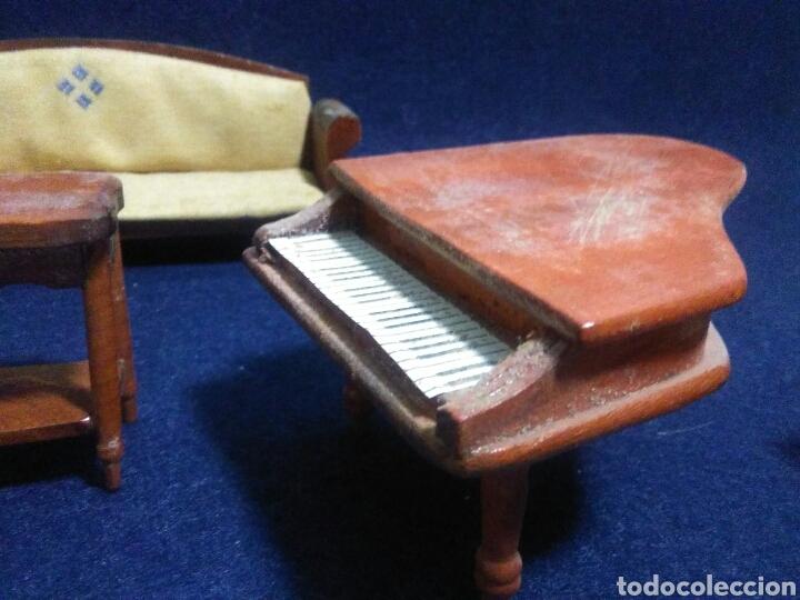 Casas de Muñecas: Lote de muebles de madera para casas de muñecas - Foto 10 - 211909673