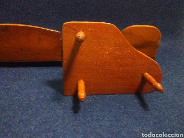 Casas de Muñecas: Lote de muebles de madera para casas de muñecas - Foto 13 - 211909673