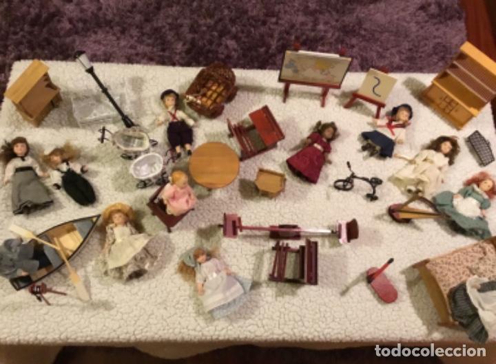 Casas de Muñecas: Lote muñecas de porcelana y complementos - Foto 2 - 222516238