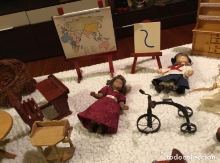 Casas de Muñecas: Lote muñecas de porcelana y complementos - Foto 9 - 222516238