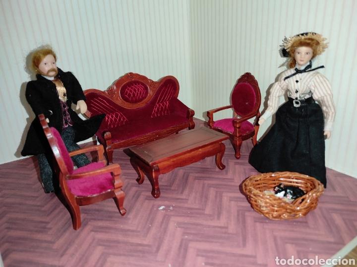Casas de Muñecas: Casa de muñecas estilo victoriano con mobiliario y muñequitos - Foto 22 - 223619272