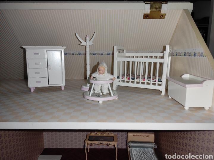Casas de Muñecas: Casa de muñecas estilo victoriano con mobiliario y muñequitos - Foto 25 - 223619272