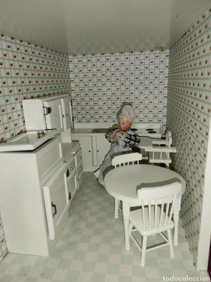 Casas de Muñecas: Casa de muñecas estilo victoriano con mobiliario y muñequitos - Foto 30 - 223619272