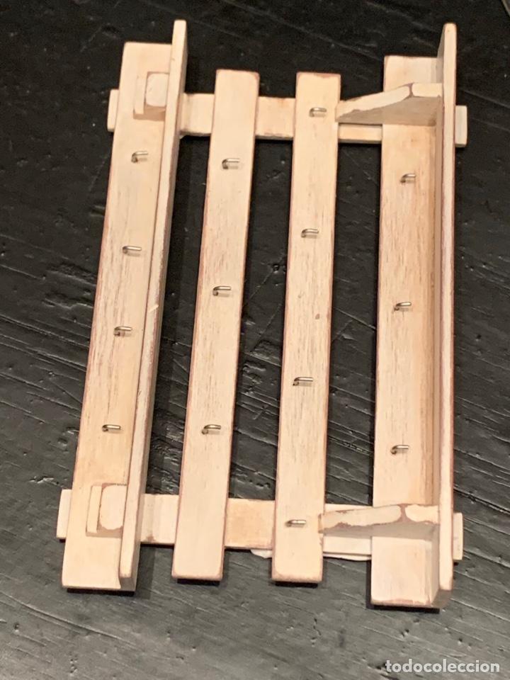 Casas de Muñecas: Mueble en madera estilo shabby chic para cocina de casa de muñecas. Miniatura - Foto 3 - 232550835