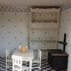 Casas de Muñecas: MUEBLES DE COCINA DE CASA DE MUÑECAS (7 PIEZAS). Lote 153239966