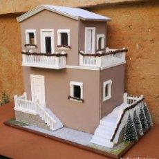 Casas de Muñecas: CASA DE MUÑECAS AMBIENTADA TEMA NAVIDEÑO. Lote 276042668