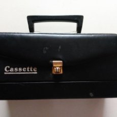 Casetes antiguos: ANTIGUO ESTUCHE MALETIN DE CASETE CASETES. COLOR NEGRO. AÑOS 70.. Lote 81935204