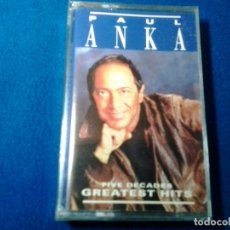 Casetes antiguos: CASETE CASSETTE ( PAUL ANKA - FIVE DECADES OF GREATEST HITS ) SONY MUSIC. PRECINTADA.. Lote 218356206