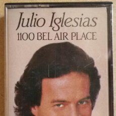 Cassetes antigas: JULIO IGLESIAS - 1100 BEL AIR PLACE. Lote 114838975