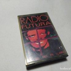 Casetes antiguos: MUSICA - CASETE - RADIO FUTURA – DE UN PAIS EN LLAMAS. Lote 195271258