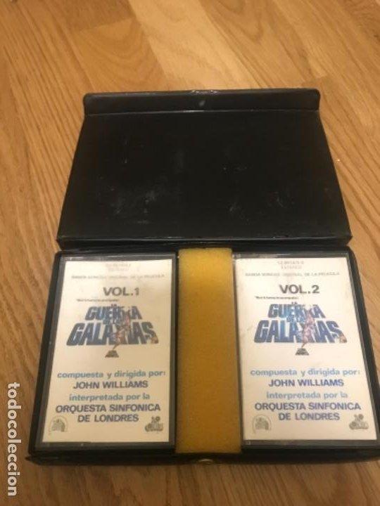 Casetes antiguos: Star wars BANDA SONONORA DOS CINTAS CASSETTES Y ESTUCHE AÑOS 70 80 - Foto 3 - 197367782