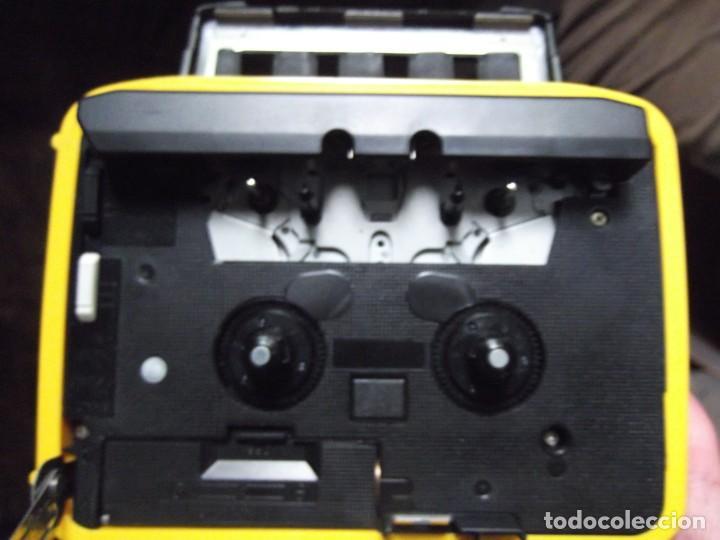 Casetes antiguos: Walkman Sony Nuevo Modelo SPORT del 92 se regala Bolsa Bandolera con compartimientos On Music - Foto 3 - 204313656
