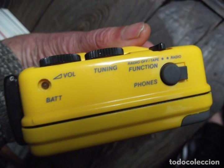 Casetes antiguos: Walkman Sony Nuevo Modelo SPORT del 92 se regala Bolsa Bandolera con compartimientos On Music - Foto 5 - 204313656