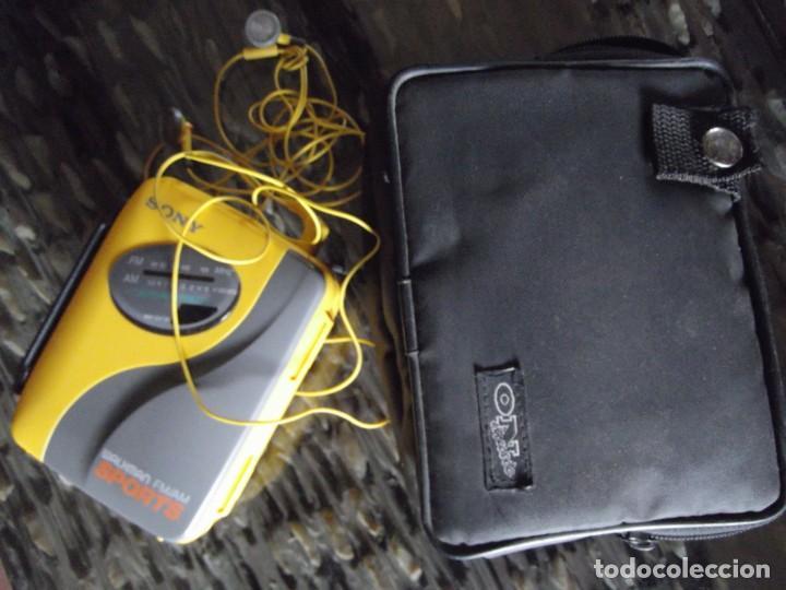 Casetes antiguos: Walkman Sony Nuevo Modelo SPORT del 92 se regala Bolsa Bandolera con compartimientos On Music - Foto 13 - 204313656