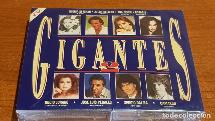 GIGANTES 2. DOBLE CASETE / EPIC-SONY MUSIC - 1993 / PRECINTADO. (Música - Casetes)