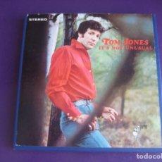 Casetes antiguos: TOM JONES – IT'S NOT UNUSUAL BOBINA AMPEX 3 3/4 1964 - 4 TRACK STEREO - PARECE POCO USO O NINGUNO. Lote 210388117