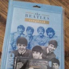 Casetes antiguos: THE BEATLES SONGBOOK PARTITURAS CASSETTE PHILIPS PC ORDENADOR RARO CASSETE CINTA. Lote 235259030
