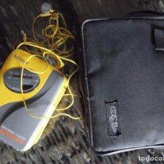 Casetes antiguos: RADIO CASETTE AUTOREVERSE SONY CON AURICULARES COMO NUEVO EN FUNDA. Lote 235839325