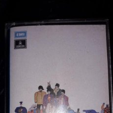 Cassetes antigas: CASSETTE - THE BEATLES - YELLOW SUBMARINE. Lote 241598045