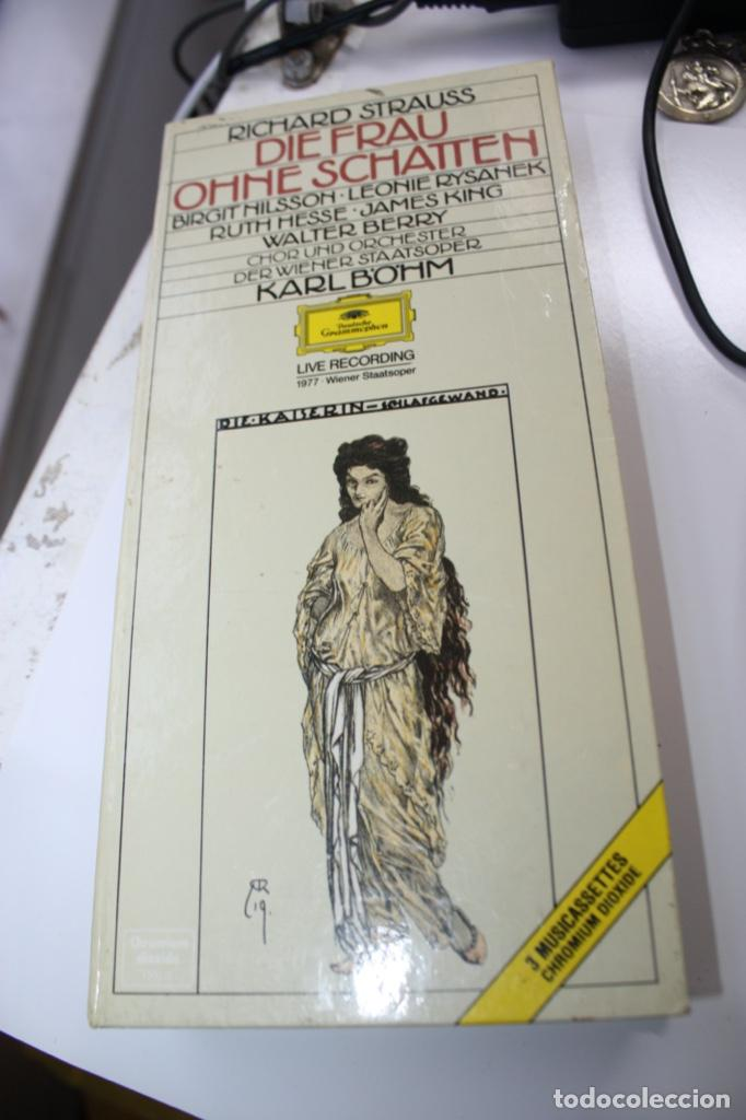 DIE FRAU OHNE SCHATTEN (CAJA CON 3 CASSETTES Y LIBRETO (Música - Casetes)