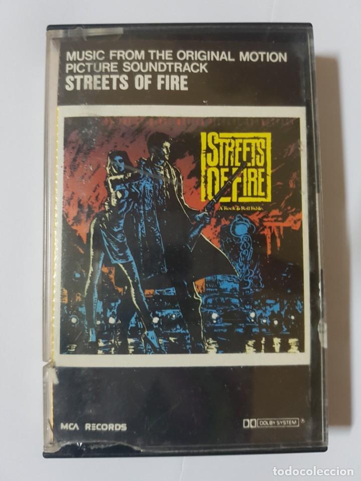 BSO ORIGINAL DE LA MÍTICA PELÍCULA OCHENTERA CALLES DE FUEGO (STREETS OF FIRE). CON DIANE LANE (Música - Casetes)