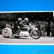 Coches y Motocicletas: FOTO ORIGINAL BENZ 1º CAT. SIDECARS G.P. PEÑA MOTORISTA 2 MAYO 1948. CIRCUITO MONTJUICH. Lote 29364031