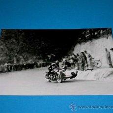 Coches y Motocicletas: FOTO ORIGINAL SIDECAR. XV CARRERA INTERNACIONAL RABASSADA, 27 NOVIEMBRE 1949. Lote 29373546
