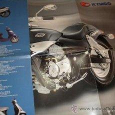 Coches y Motocicletas: FOLLETO PUBLICITARIO DESPLEGABLE GENERAL DE KYMCO CON POSTER DE VENOX 250. Lote 34101839