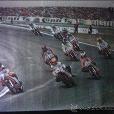 Coches y Motocicletas: CARTEL POSTER CARRERA DE MOTOS EL Nº 7 EN CABEZA BARRY SHEENEN. Lote 35423866
