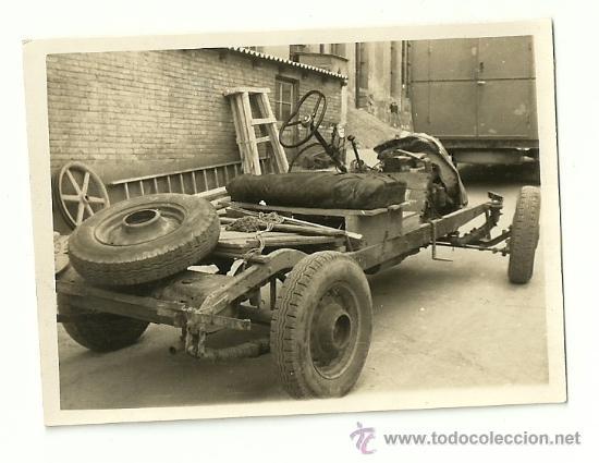 Coches y Motocicletas: LOTE DE 5 FOTOS DE COCHE AUTO CHEVROLET (ACCIDENTADO 1948, FOTO AMPLIACIÓN MASANA, MANRESA) - Foto 7 - 36277086