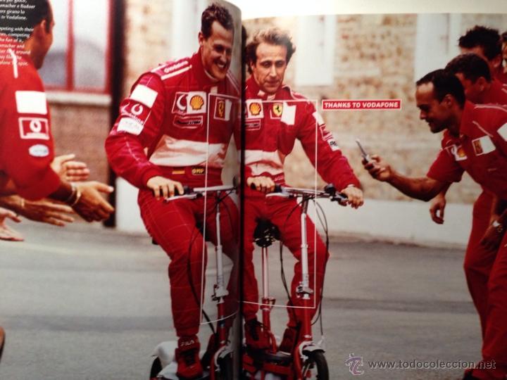 Coches y Motocicletas: FERRARI ANUARIO 2002 - MICHAEL SCHUMACHER CAMPEÓN DEL MUNDO - TEXTO EN ITALIANO E INGLÉS - Foto 3 - 40832824