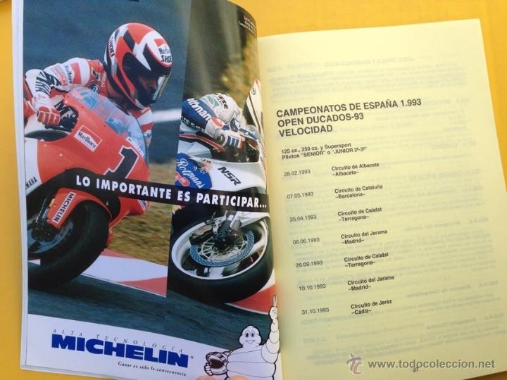 Coches y Motocicletas: ANUARIO CALENDARIO DEPORTIVO MOTOCICLISTA 1993 REAL FEDERACIÓN MOTOCICLISTA ESPAÑOLA - TEXTO ESPAÑOL - Foto 2 - 41553067