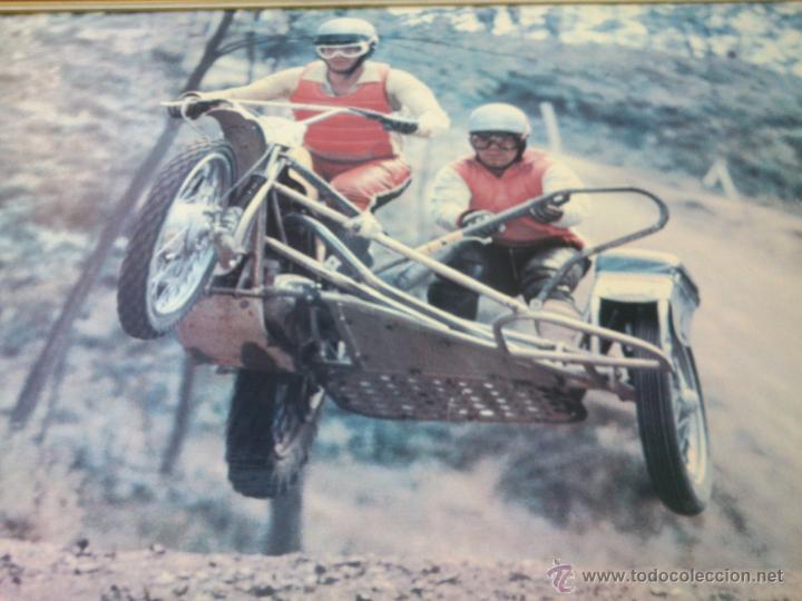 Coches y Motocicletas: POSTER ORIGINAL DE MOTOCROS.AÑOS 70S.ENMARCADO EN MADERA;90X67CM - Foto 2 - 46518120