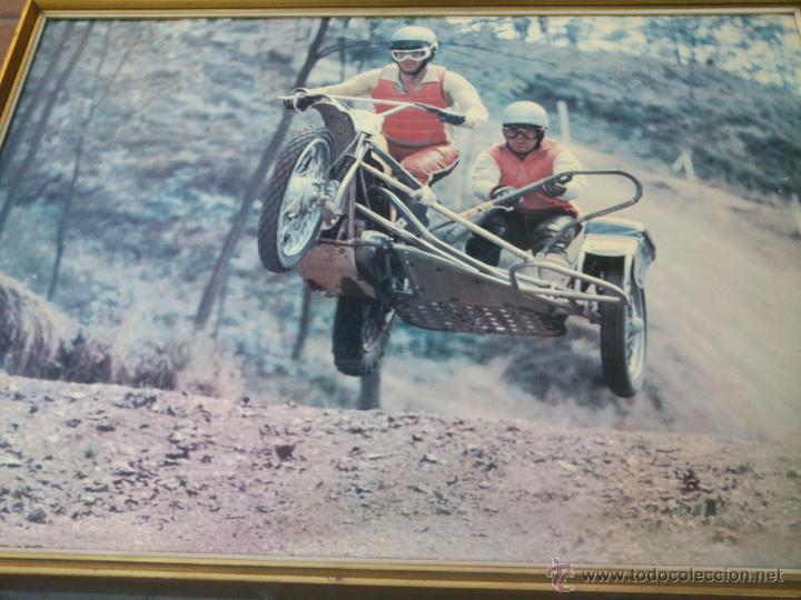 Coches y Motocicletas: POSTER ORIGINAL DE MOTOCROS.AÑOS 70S.ENMARCADO EN MADERA;90X67CM - Foto 3 - 46518120
