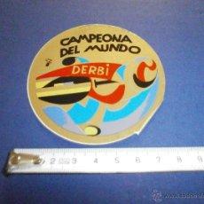 Coches y Motocicletas: PEGATINA DERBI CAMPEONATO DEL MUNDO. Lote 46926137