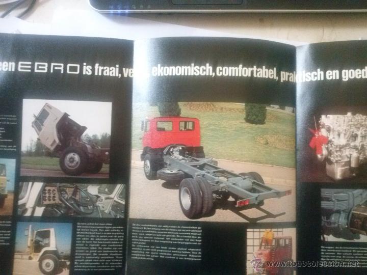 Coches y Motocicletas: CAMIONES EBRO SERIE P CATÁLOGO DESPLEGABLE + 2 FICHAS P-137 , EN HOLANDÉS - Foto 2 - 49617717