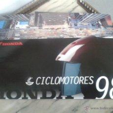 Coches y Motocicletas: CATALOGO CICLOMOTORES HONDA 1998 - NS 1 - CRM - SCOOPY - WALLAROO - SFX - EXCITER - CRM - SHADOW. Lote 49861637