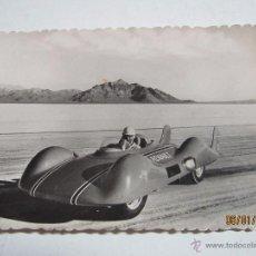 Coches y Motocicletas: FOTO PUBLICITARIA DIRECCIÓN NNAL. FABRICAS RENAULT ETOILE FILANTE COCHE LABORATORIO A TURBINA 1950S. Lote 53715910